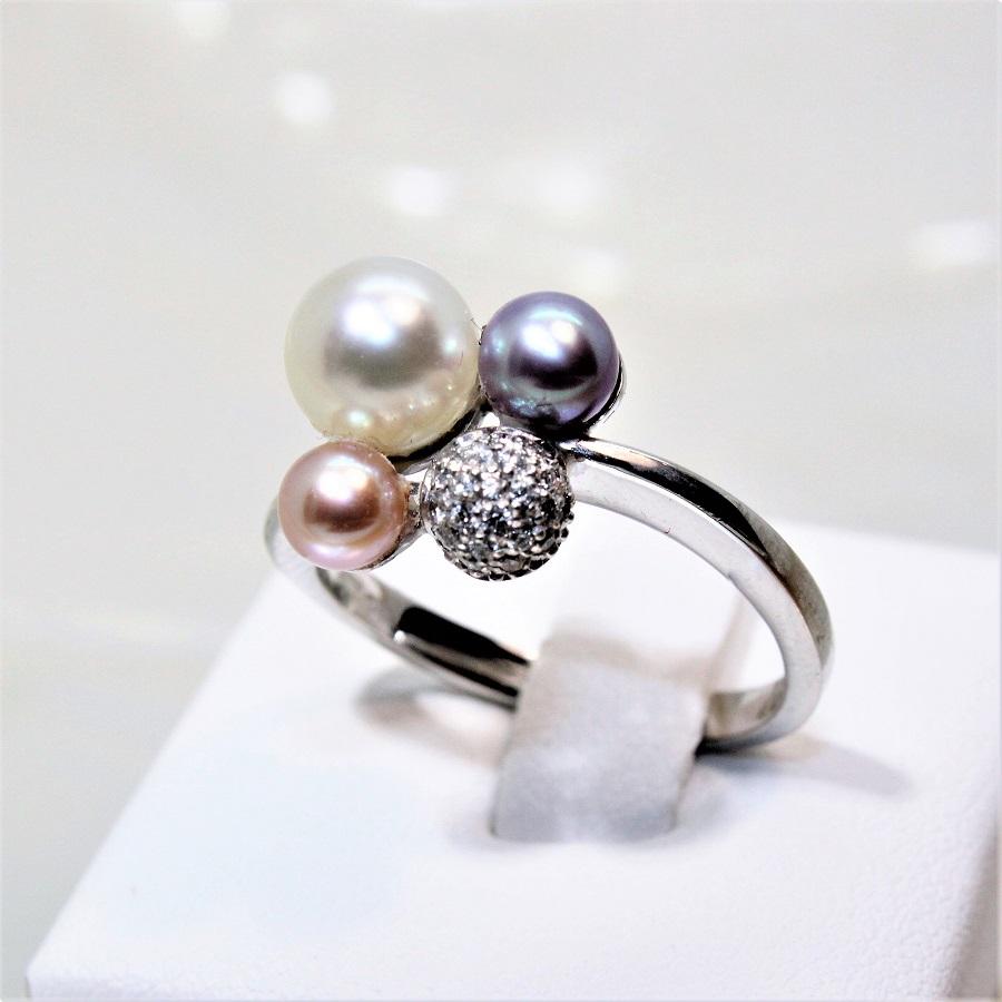 Prix de gros 2019 plus près de assez bon marché Bague OG18K boule diamants et perles de culture rondes
